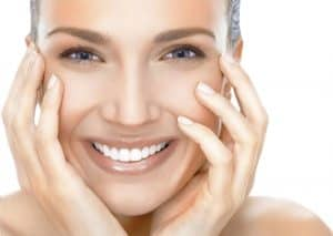 teeth whitening by Laser Clinic